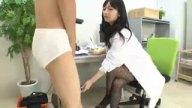 ペニバンでドMな患者を犯し聖水ぶっ掛ける真正ドS痴女医の前田陽菜